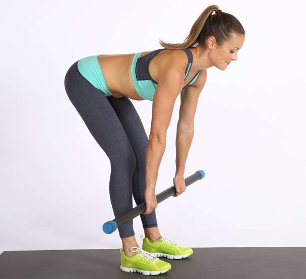THE 1 MOVE EVERY WOMAN SHOULD DO (AND IT'S NOT SQUATS)