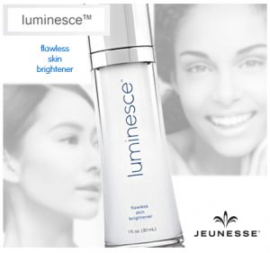 Luminesce Flawless Skin Brightener paraben-free, USA-made for all skin types - lightens the appearance of dark spots, discoloration and the look of overall skin tone - Gwenn Jones Jeunese